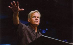 Willow Creek names panel to oversee Bill Hybels investigation