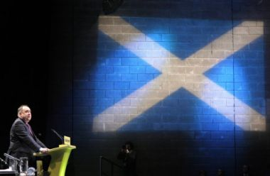 Scottish National Party Leader Alex Salmond is pushing for Scottish ...