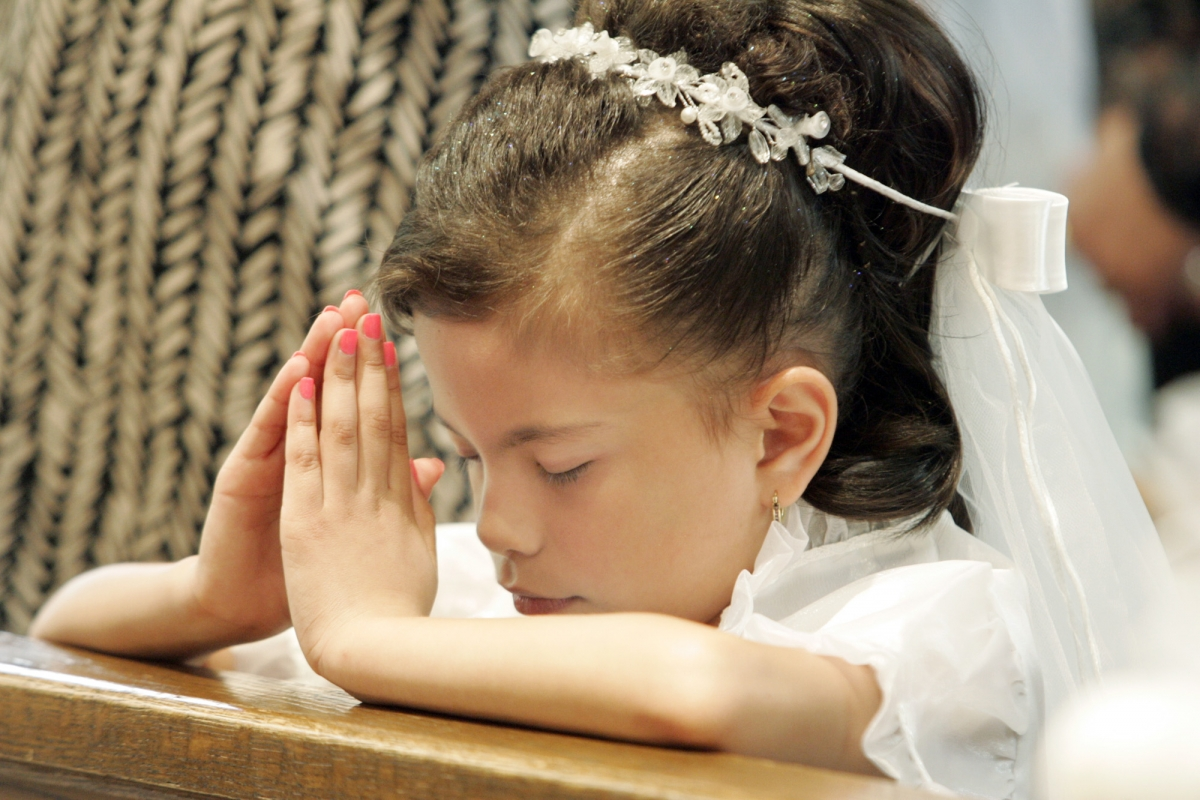 Help for parents struggling with cost of First Communion ...