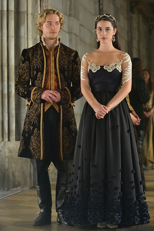 39 reign 39 season 2 episode 8 a religious war looms over for Ver serie life