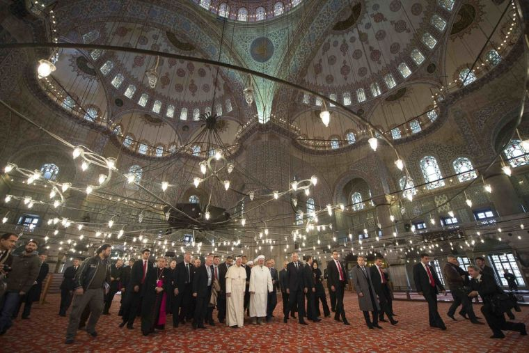 Pope Francis in Istanbul mosque