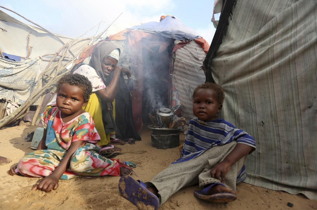 why is africa starving Un officials say residents of the town are starving to death due to a which countries are battling hunger, and why mostly in africa and southeast.