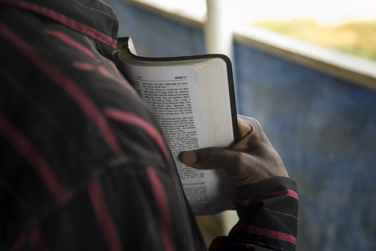 How to read the Bible and get the complete picture