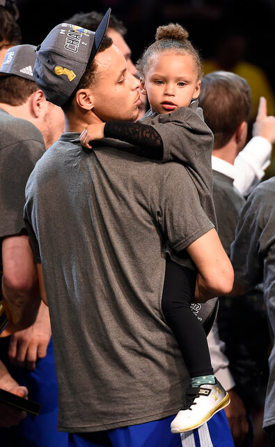 Stephen Curry And Wife Ayesha Welcome To The World Daughter