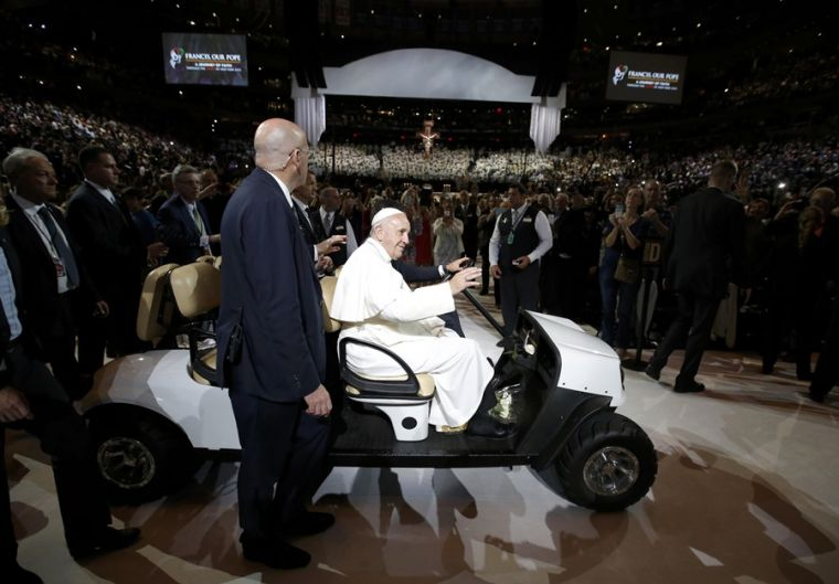 Pope Francis rides golf cart at Madison Square Garden