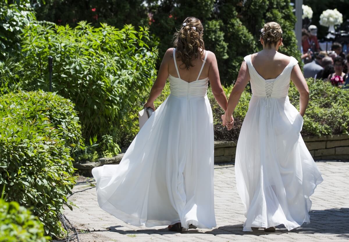 Over 15,000 Gay Couples Tie The Knot Since Same-Sex -5750