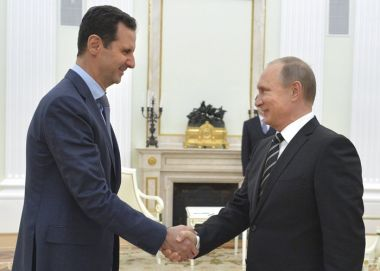 Putin greets Assad in Moscow