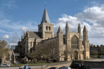 Crazy golf in cathedrals: a tool for mission or compromising the sacred?