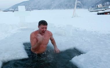Epiphany Day ice bath in Russia