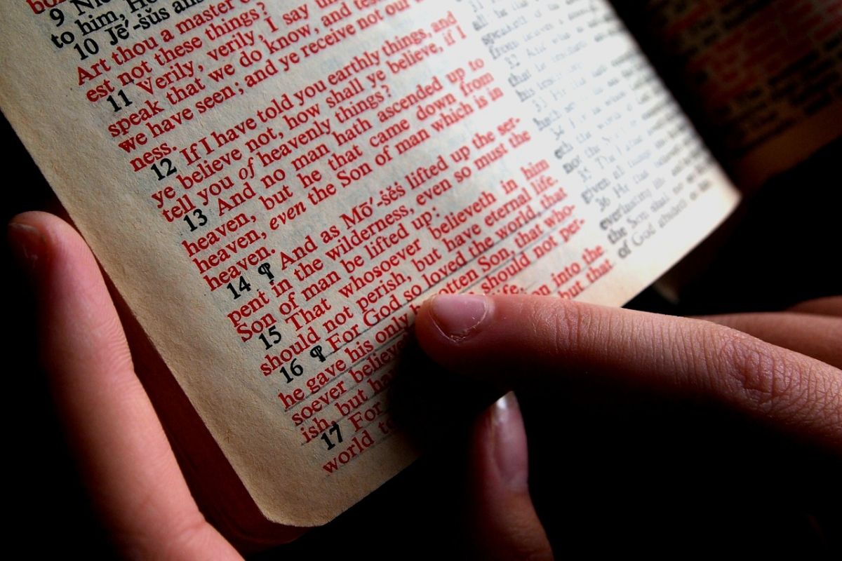 Bible verses to remind you not to be materialistic