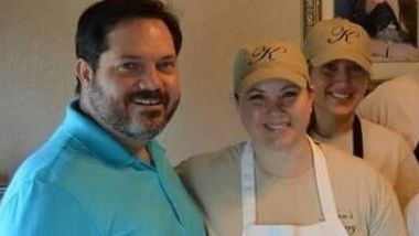 Texas bakers in gay couple row