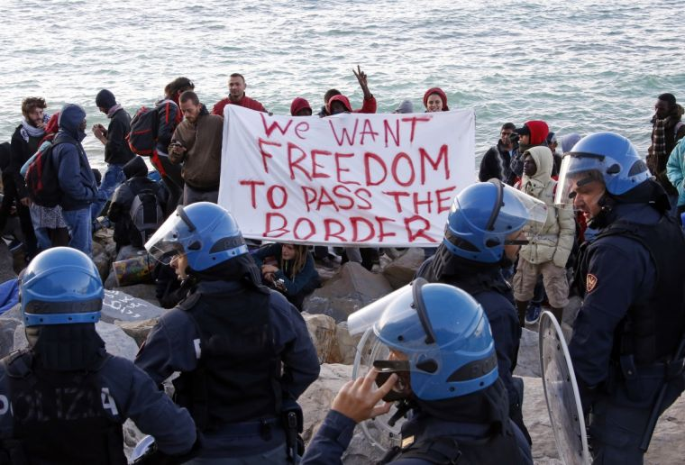 Refugees Italy