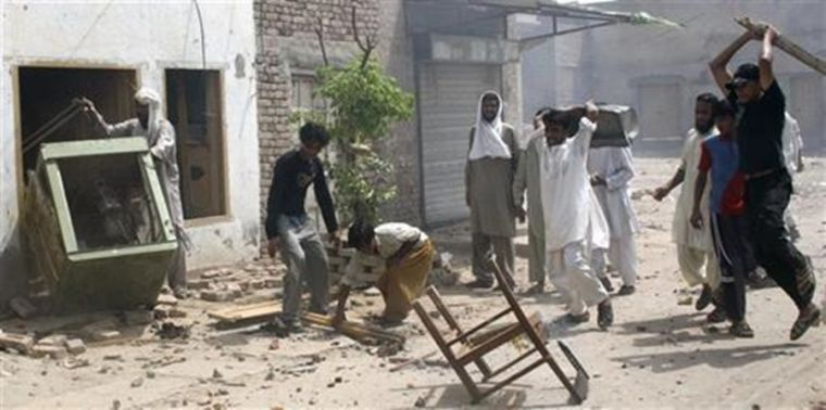 Muslim attack on Christians in Pakistan
