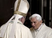 pope-benedict-and-pope-francis