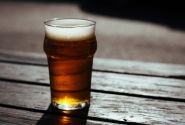 Health expert calls for ban on alcohol advertising in winter
