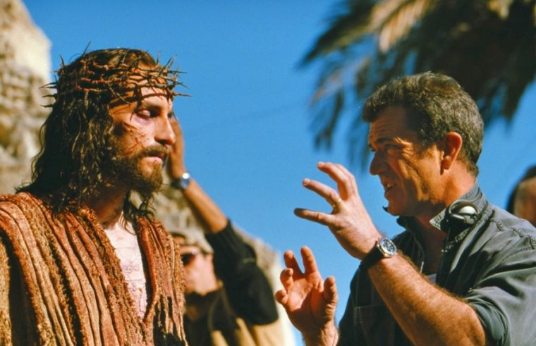 Mel Gibson with Jim Caviezel in 'The Passion of the Christ'