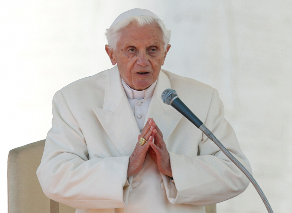 Benedict XVI says he's 'on pilgrimage home'