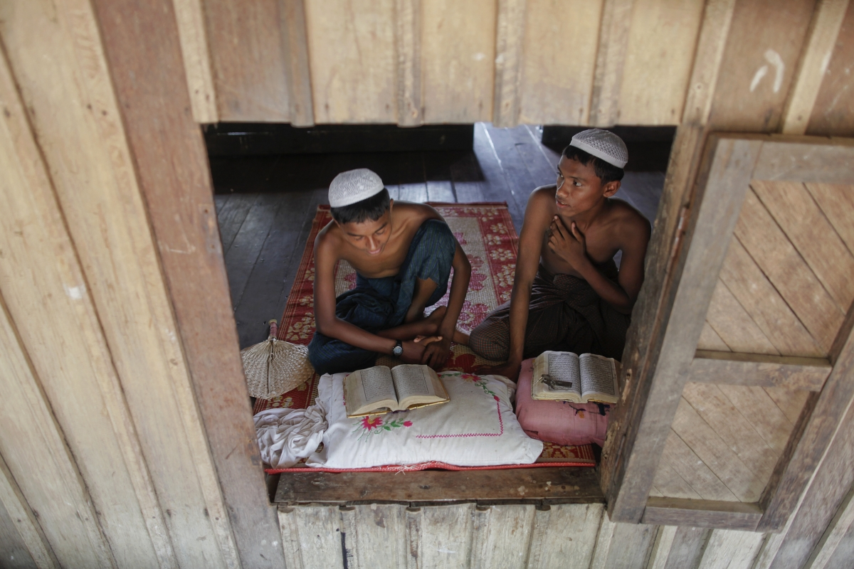 Global Outcry Growing Over Violence Against Burma's Rohingya Muslims