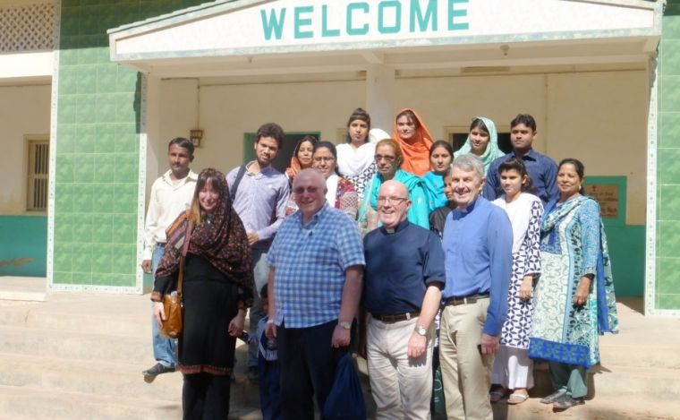 Representatives from Glasgow Presbytery received a warm welcome when they visited a twinned congregation in Hyderabad.