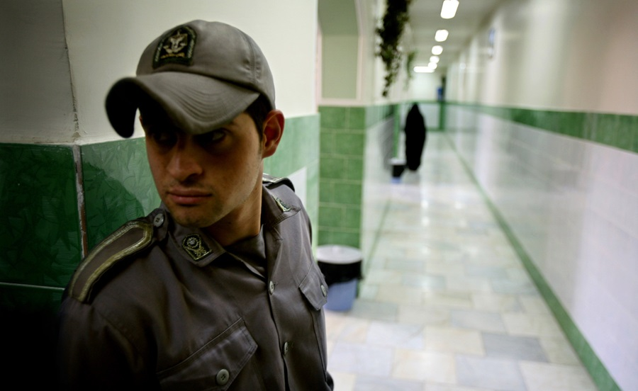 Iranian court upholds prison sentences of two Christian converts