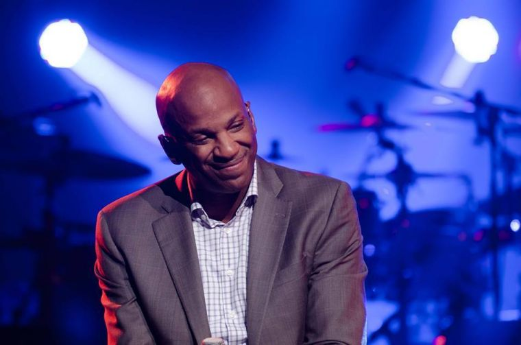 Pastor Donnie Mcclurkin Says He Wants A Wife But Is Afraid To Fail
