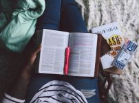 reading-the-bible