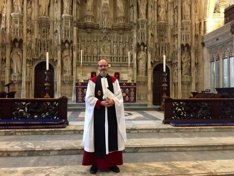 Canon Roland Riem preaching at Winchester Cathedral