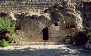 In-tension-al faith: Death or resurrection, which is more important?