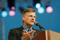 Franklin Graham condemns 'pornographic' Teen Vogue guide to anal sex: 'Sodomy is a sin against God.'