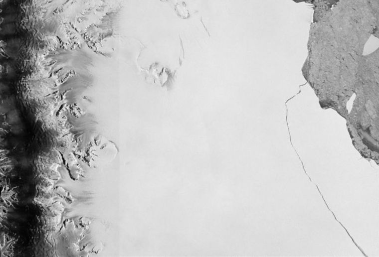 A section of an iceberg – about 6,000 sq km – broke away as part of the natural cycle of iceberg calving off the Larsen-C ice shelf in Antarctica