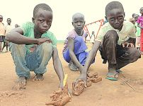 child-refugees-in-uganda