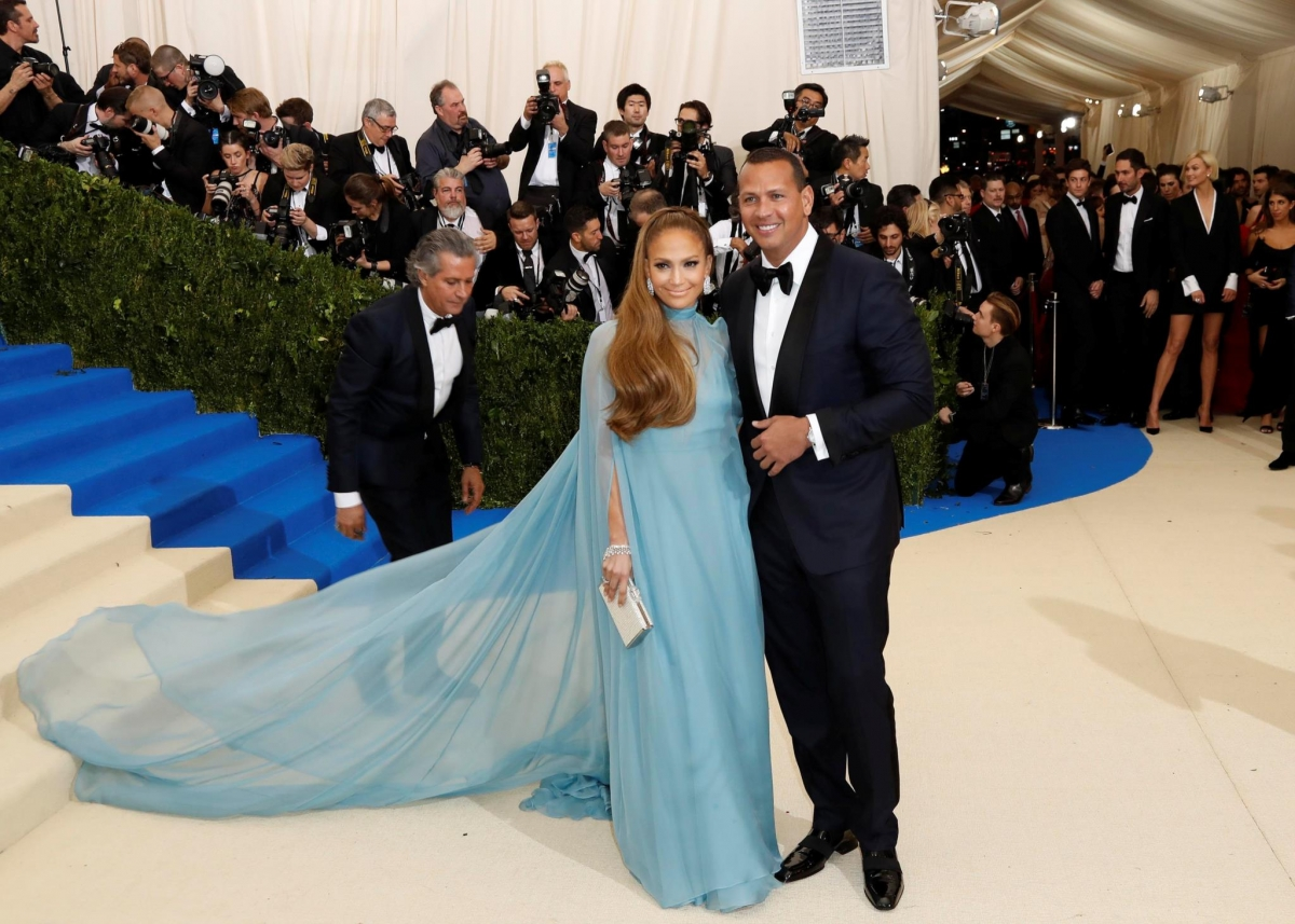 Ð?аÑ?Ñ?инки по запÑ?осÑ? Jennifer Lopez understands Alex Rodriguez marriage speculation