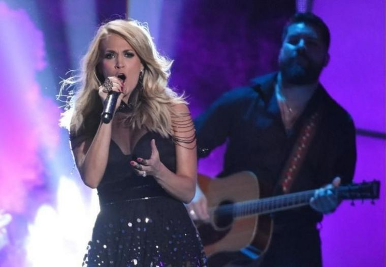 Carrie Underwood at the 2015 CMT Awards in Nashville, Tennessee