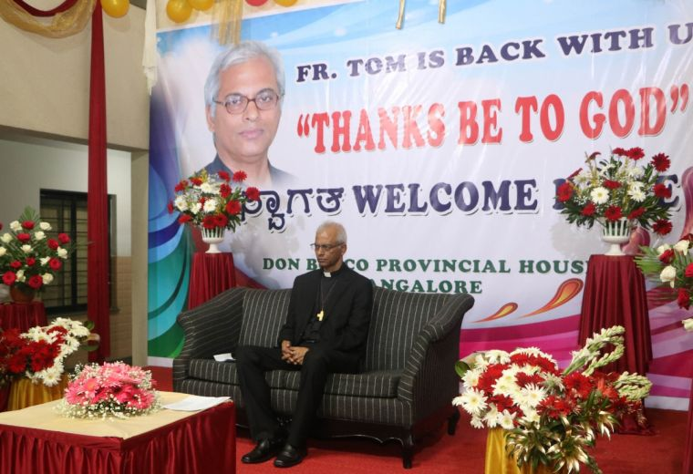 Father Tom Uzhunnalil receives a warm welcome home to New Delhi