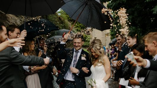 top-10-tips-for-a-wedding-on-a-shoestring-budget