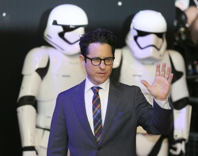 Star Wars' JJ Abrams Says Last Jedi Critics Are 'Threatened by Women'