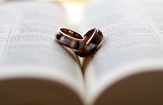 Evangelical group changes basis of faith to affirm heterosexual marriage