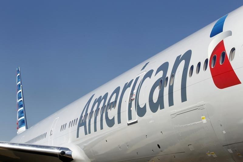 Pilots say they will staff all scheduled American Airlines flights for Christmas