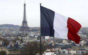 France to replace 'mother' and 'father' with 'Parent 1' and 'Parent 2' on school forms