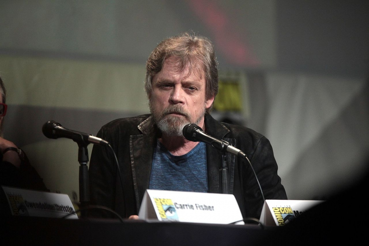 Hamill pays tribute to Fisher on anniversary of death