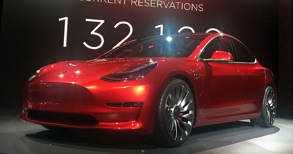 Tesla Misses Model 3 Delivery Estimates for Q4