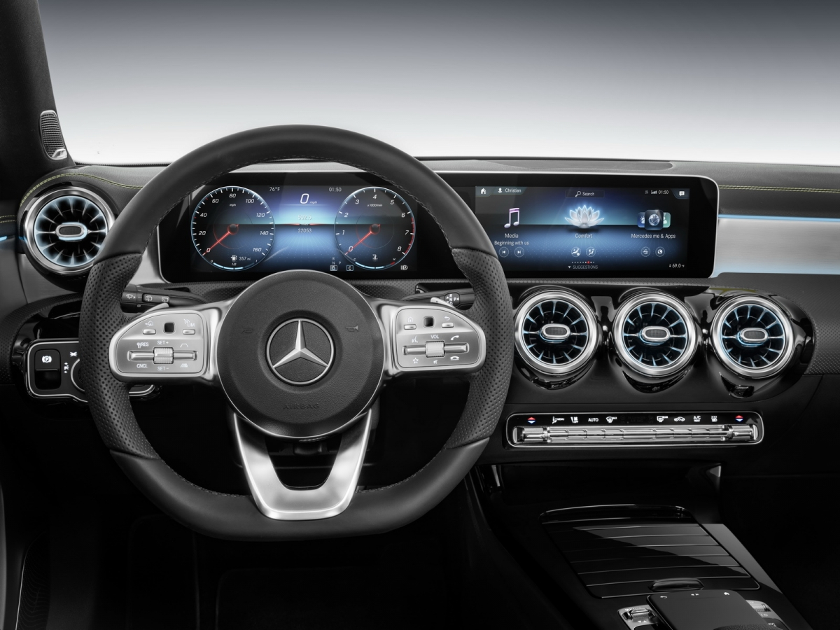 Mercedes unveils new MBUX infotainment at CES 2018