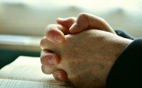 In a world at war, 8 Bible verses about peace