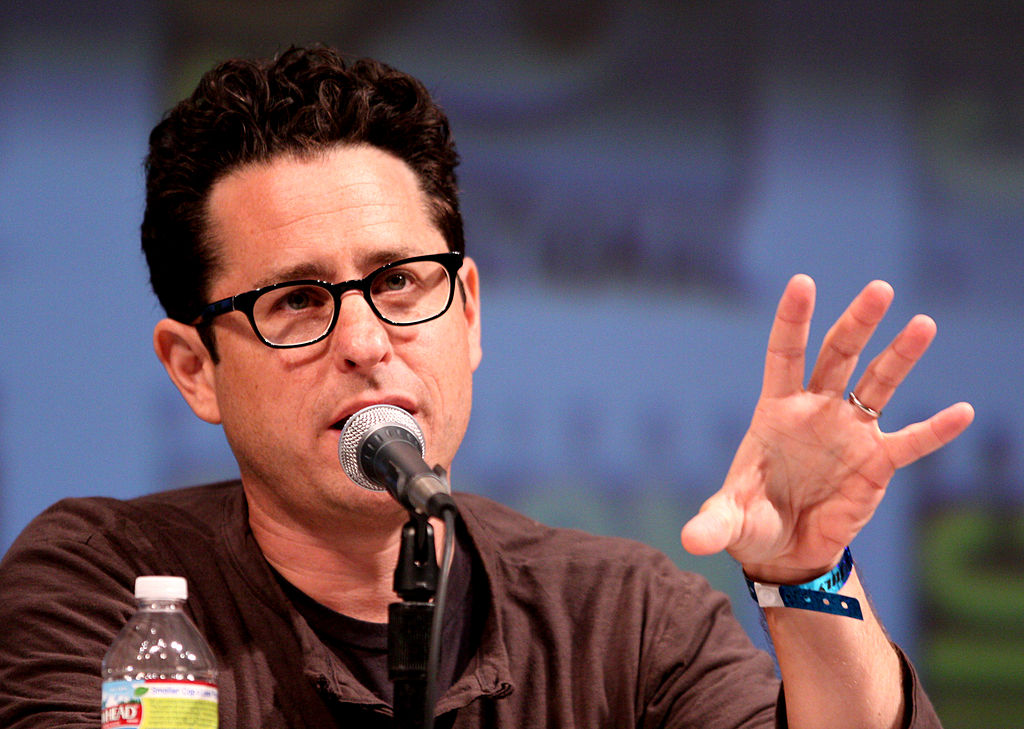 JJ Abrams Finished STAR WARS: EPISODE IX's Script, Starts Filming in July