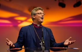 Bishop of Shrewsbury praised for 'humble' decision to step down