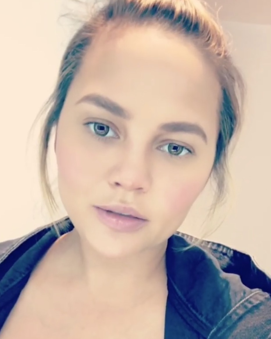 Chrissy Teigen Checks Bill O'Reilly After He Insults Husband, John Legend
