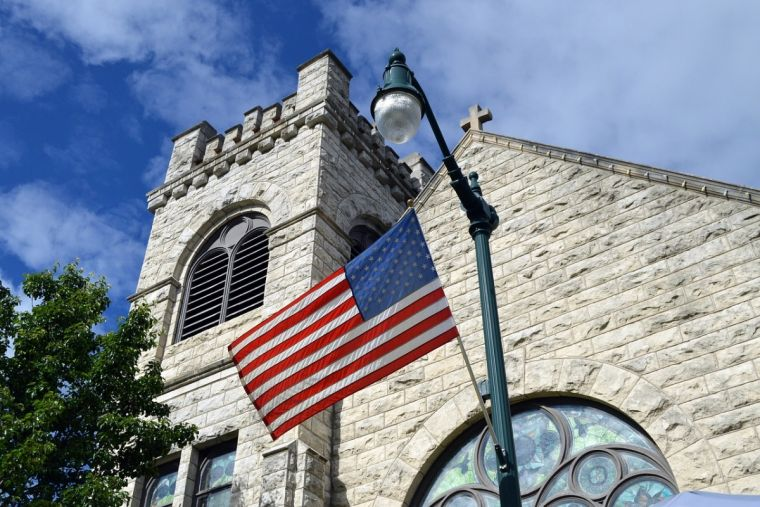 Gap closing between number of evangelicals and religious 'nones' in the US