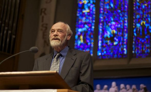 Author of The Message Bible dies at 85