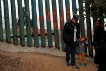 Building walls to keep migrants out is not a solution, says Pope