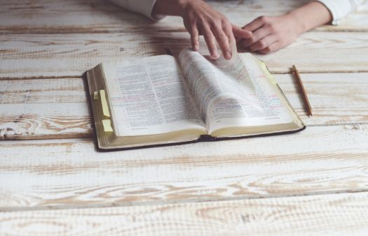Research sheds light on why some people don't like evangelicals